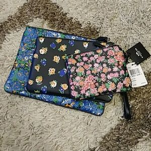 Authentic Coach floral Pouch Trio NWT
